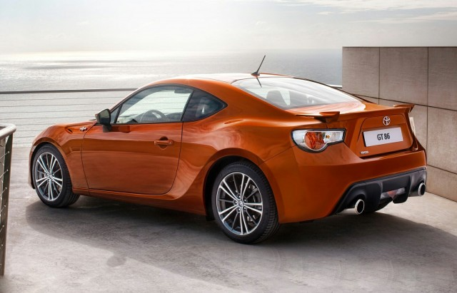 toyota 86 with spoiler