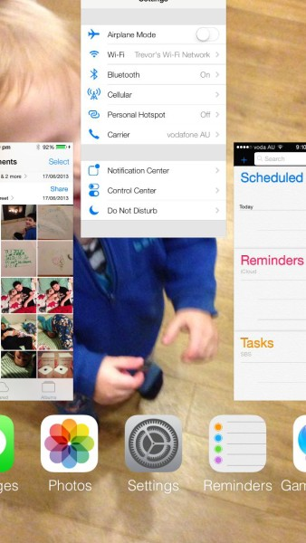 iOS 7 - Multitasking - Close an app