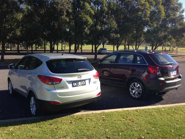 Side by side - Hyundai ix35 & Holden Captiva 5