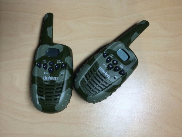 Uniden UH305SX-2NB camoflague walkie-talkies