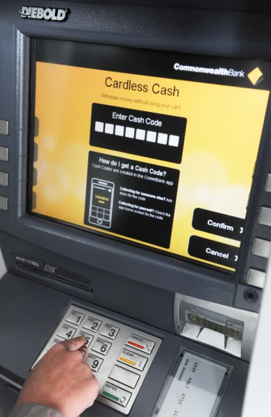 The Cardless Cash screen on a Comm Bank ATM
