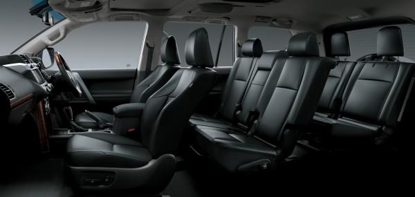 2013 Toyota Prado Kakadu - seven seats